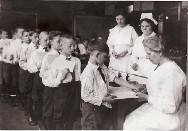 تاریخ ساخت واکسن
